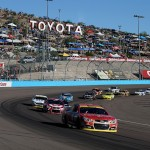 Kevin Harvick, driver of the #4 Budweiser Chevrolet, leads the field during the NASCAR Sprint Cup Series Quicken Loans Race for Heroes 500 at Phoenix International Raceway on November 9, 2014 in Avondale, Arizona.  (Photo by Todd Warshaw/Getty Images)