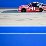 Auto Club 400 - Qualifying