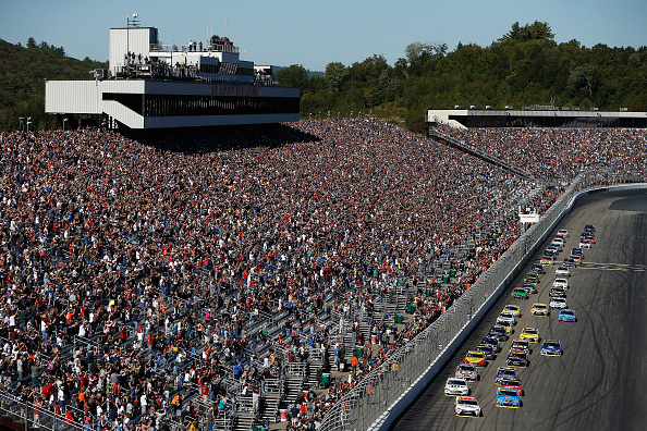 What are the betting odds for NASCAR at Richmond?
