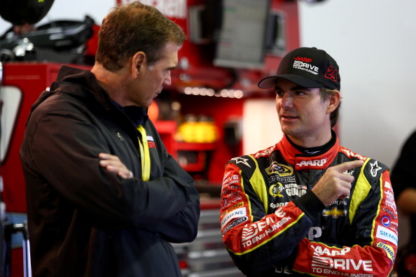 LOUDON, NH - SEPTEMBER 21:  (L-R) Ray Evernham talks with Jeff Gordon, driver of the #24 Drive to End Hunger Chevrolet, during practice for the NASCAR Sprint Cup Series Sylvania 300 at New Hampshire Motor Speedway on September 21, 2013 in Loudon, New Hampshire.  (Photo by Todd Warshaw/Getty Images)