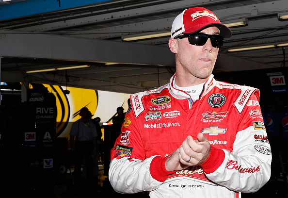 Kevin Harvick in the garage during practice for the NASCAR Sprint Cup Series Quicken Loans Race for Heroes 500 at Phoenix International Raceway on November 13, 2015 in Avondale, Arizona.