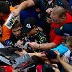 HOMESTEAD, FL - NOVEMBER 21:  Fans surround Jeff Gordon, driver of the #24 AXALTA Chevrolet, during practice for the NASCAR Sprint Cup Series Ford EcoBoost 400 at Homestead-Miami Speedway on November 21, 2015 in Homestead, Florida.  (Photo by Robert Laberge/Getty Images)