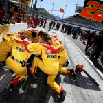 AVONDALE, AZ - MARCH 13: Crew members of Joey Logano, driver of the #22 Pennzoil Ford, huddle together prior to the NASCAR Sprint Cup Series Good Sam 500 at Phoenix International Raceway on March 13, 2016 in Avondale, Arizona.  (Photo by Sean Gardner/Getty Images)