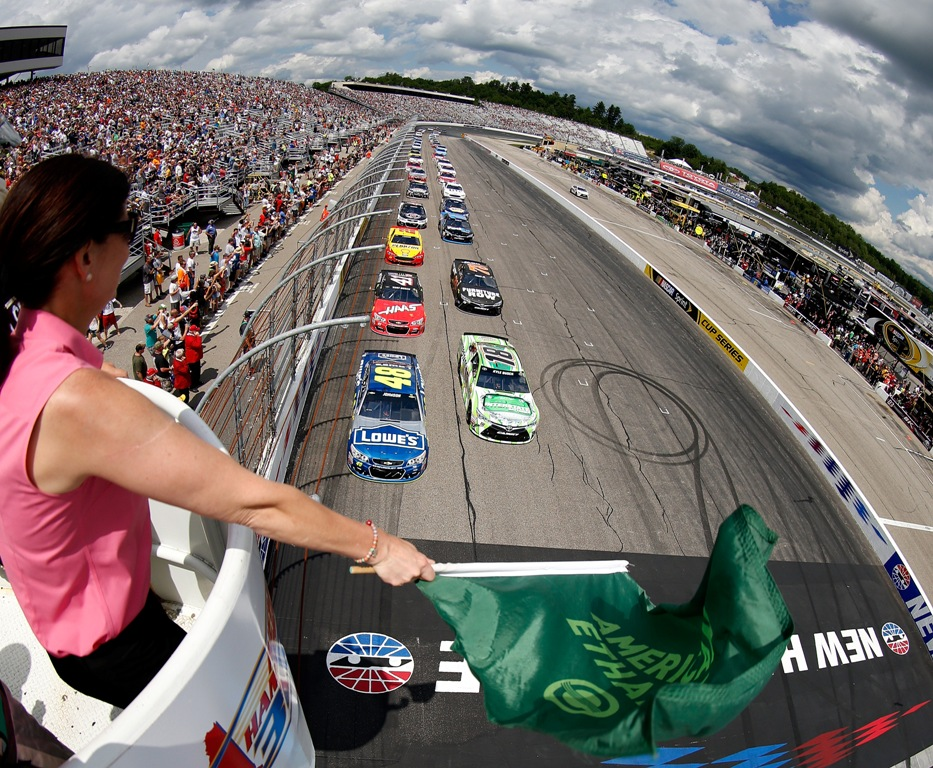 Jimmie Johnson, driver of the #48 Lowe's Chevrolet, leads the field to the green flag to start the NASCAR Sprint Cup Series New Hampshire 301 at New Hampshire Motor Speedway on July 17, 2016 in Loudon, New Hampshire.