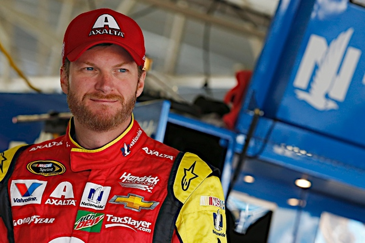 Earnhardt underwent further evaluation Tuesday at the University of Pittsburgh Medical Center Sports Medicine Concussion Program.  (HMS)