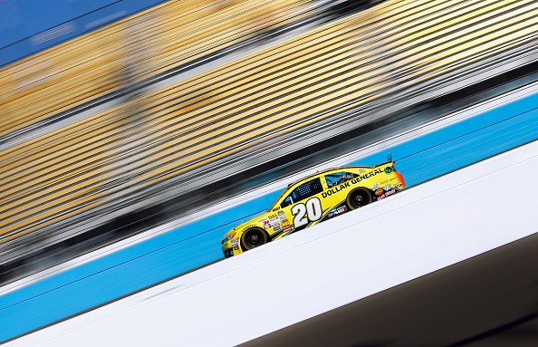 AVONDALE, AZ - NOVEMBER 08:  Matt Kenseth, driver of the #20 Dollar General Toyota, practices for the NASCAR Sprint Cup Series Quicken Loans 500 at Phoenix International Raceway on November 8, 2014 in Avondale, Arizona.  (Photo by Tom Pennington/Getty Images)