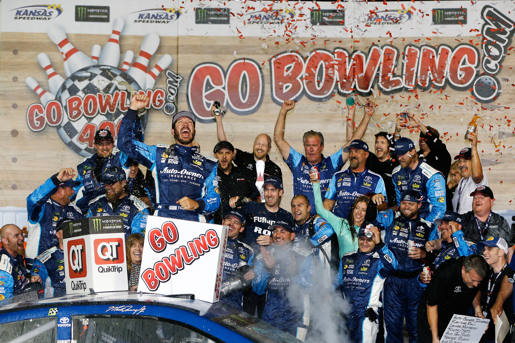 Monster Energy NASCAR Cup Series Go Bowling 400