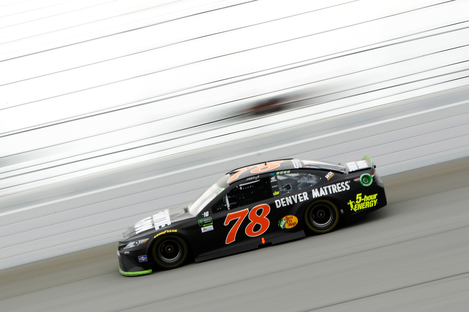 Monster Energy NASCAR Cup Series Tales of the Turtles 400