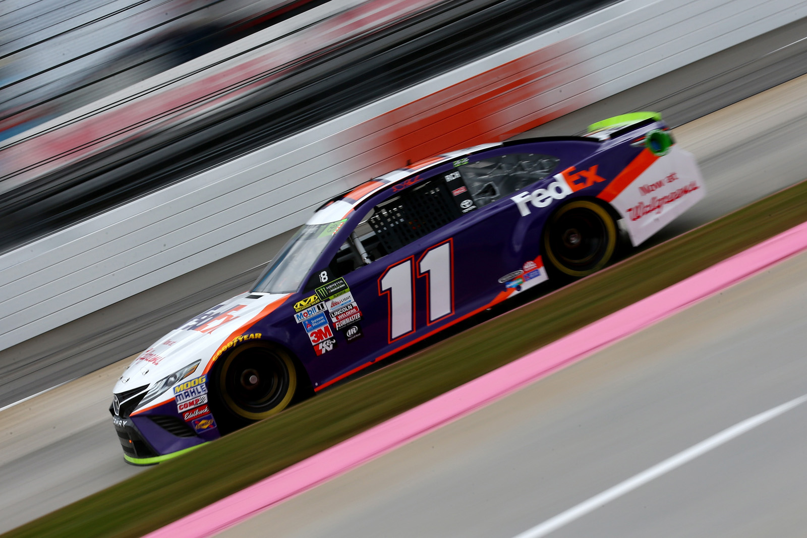 Monster Energy NASCAR Cup Series First Data 500 – Practice