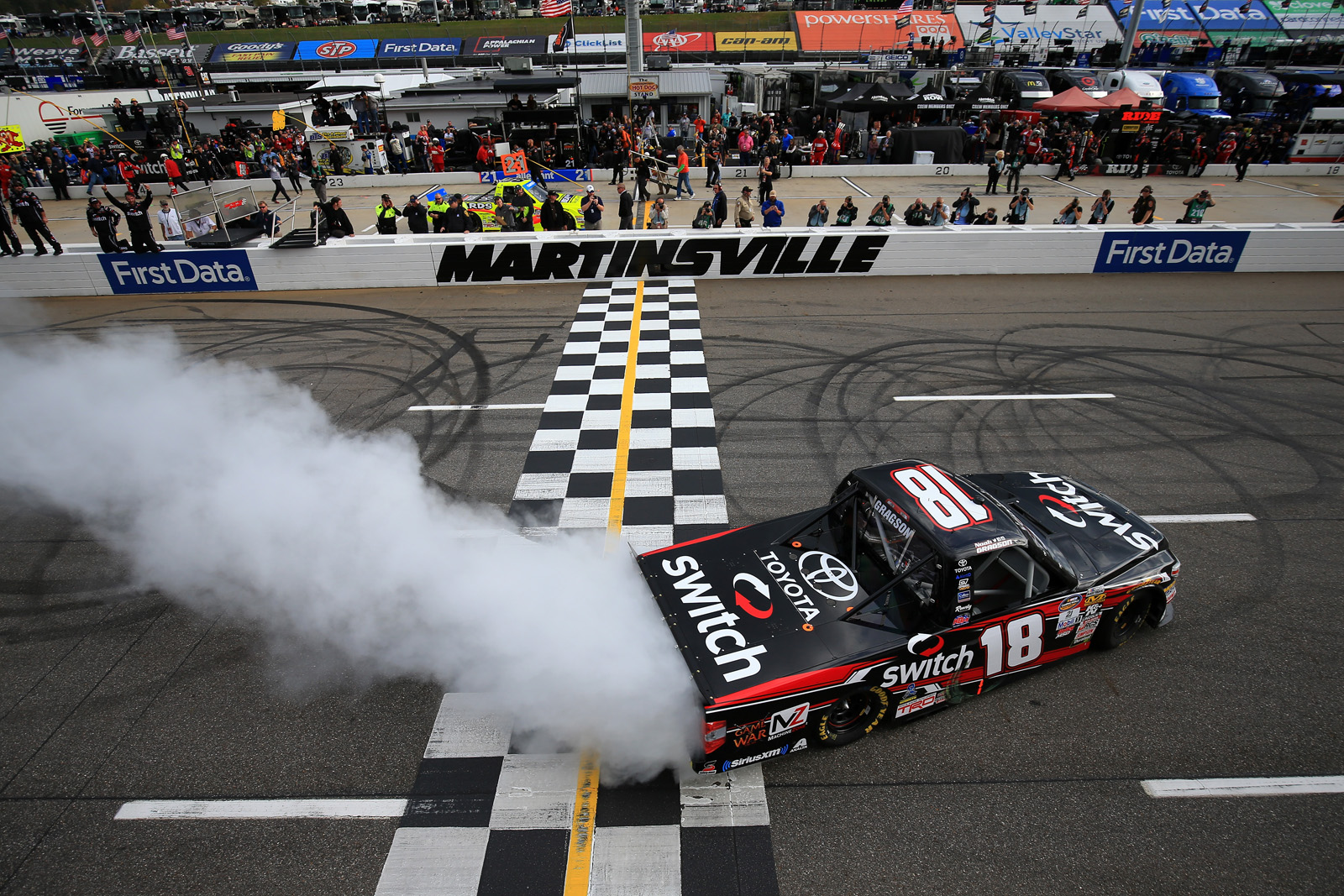 NASCAR Camping World Truck Series Texas Roadhouse 200 Presented by Alpha Energy Solutions