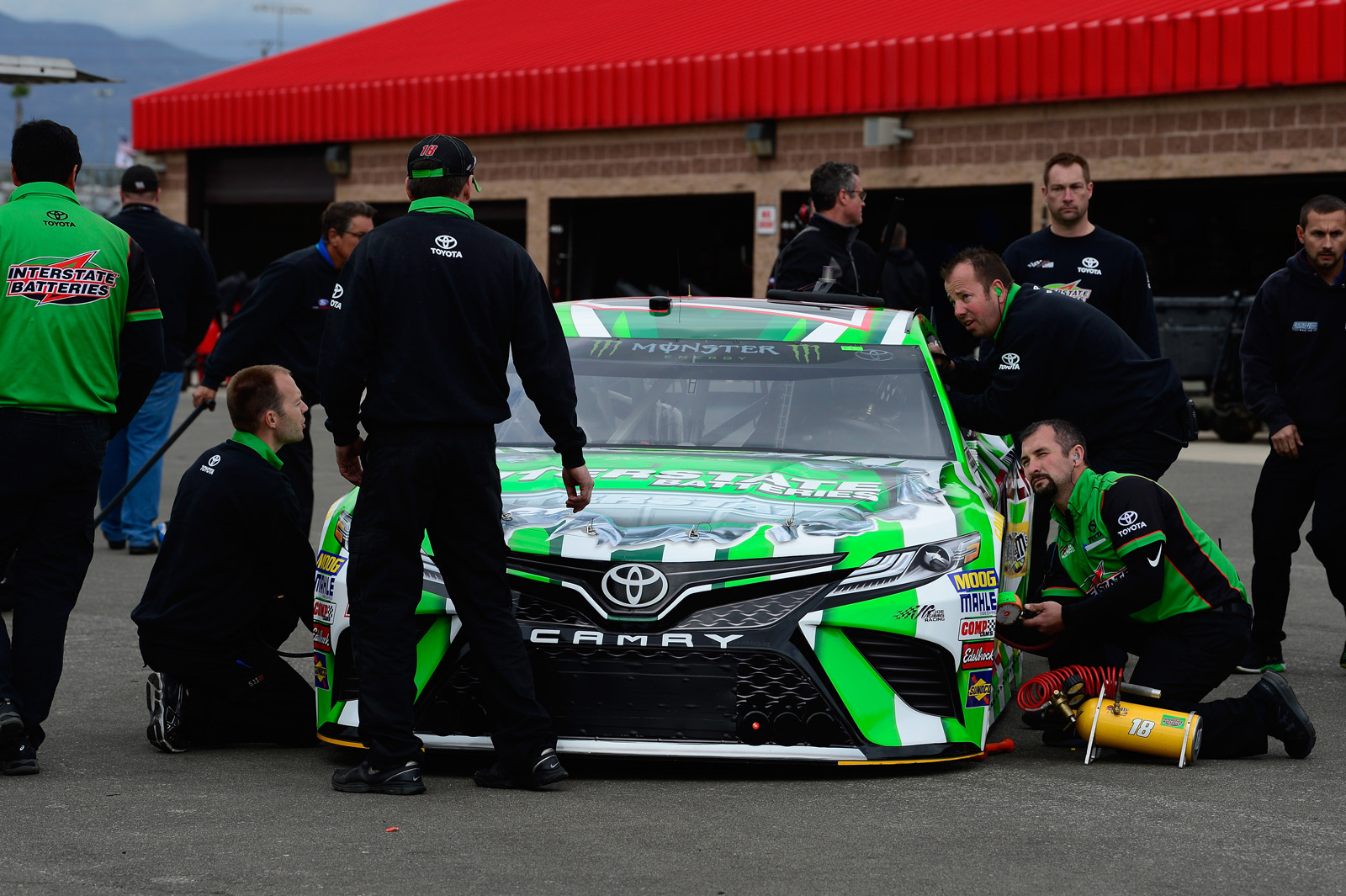 Monster Energy NASCAR Cup Series Auto Club 400 – Qualifying