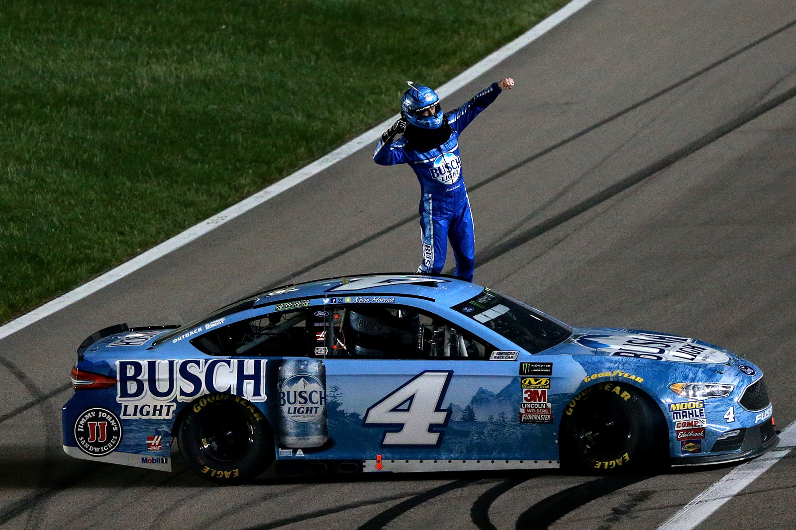 Monster Energy NASCAR Cup Series KC Masterpiece 400