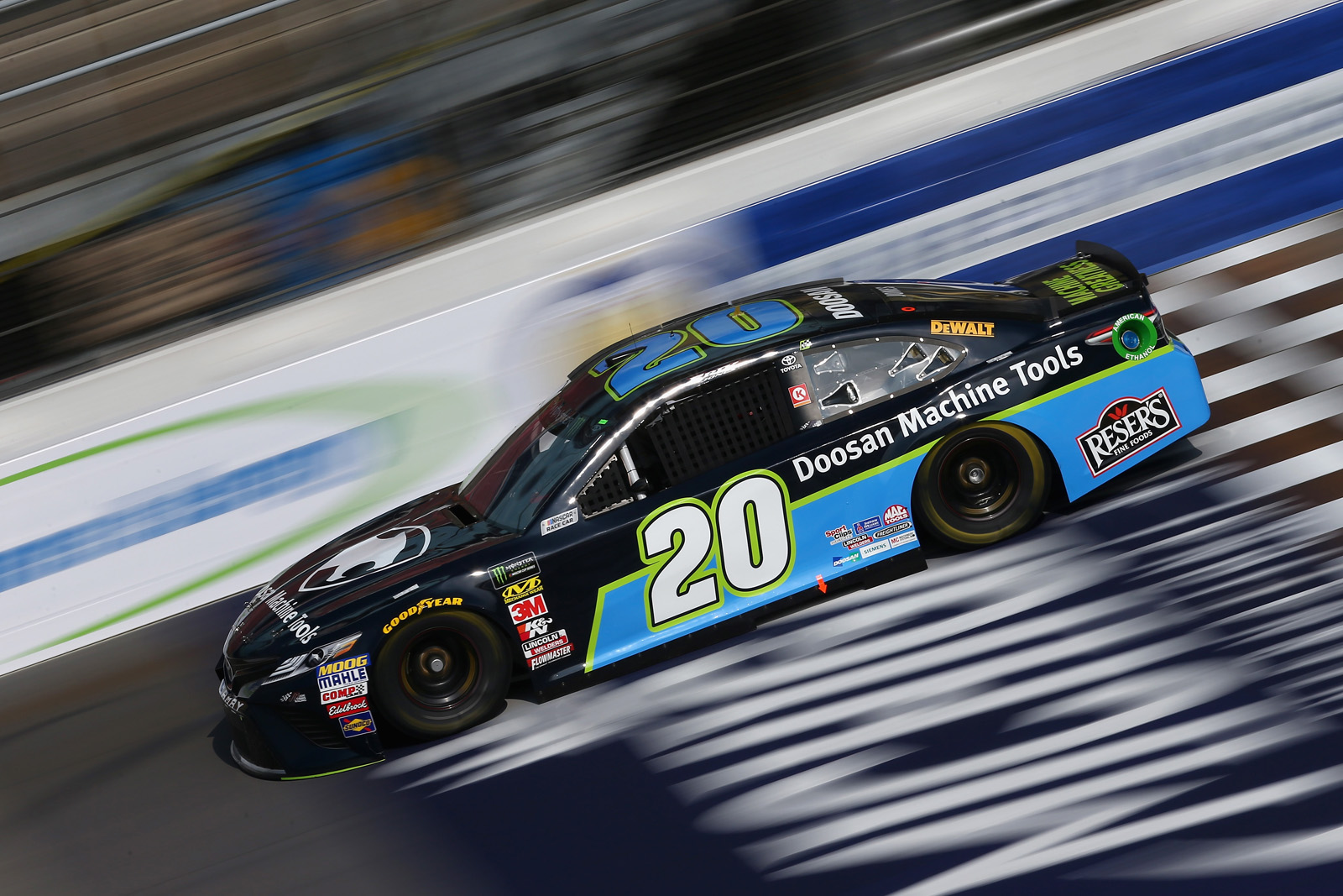 Monster Energy NASCAR Cup Series Consmers Energy 400 – Practice