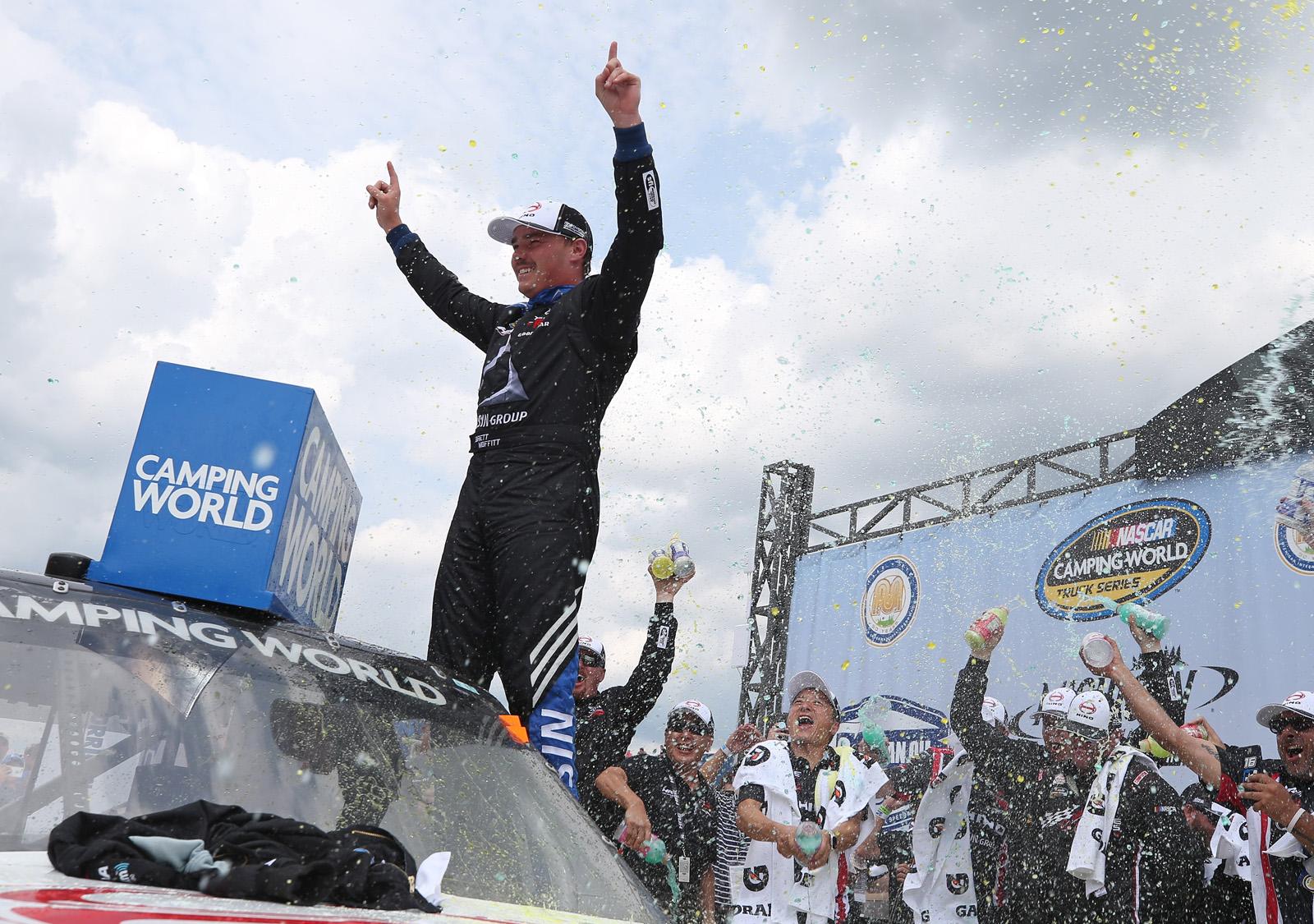 NASCAR Camping World Truck Series Corrigan Oil 200