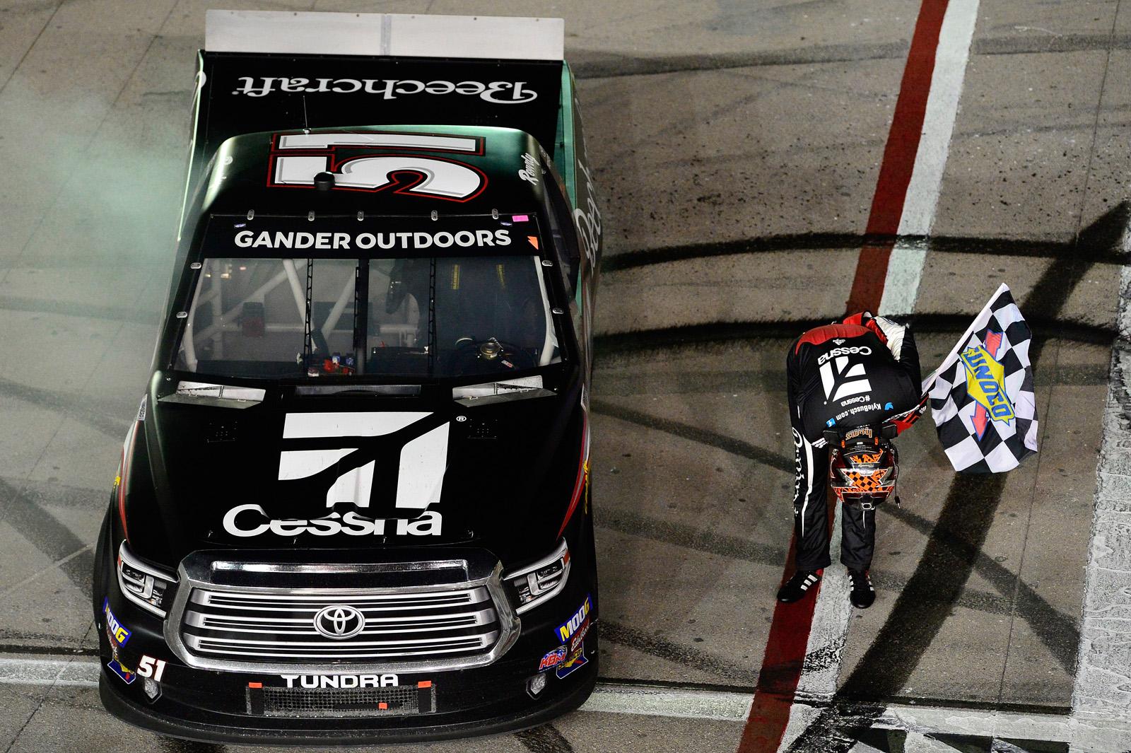 NASCAR Gander Outdoors Truck Series – Strat Las Vegas 200
