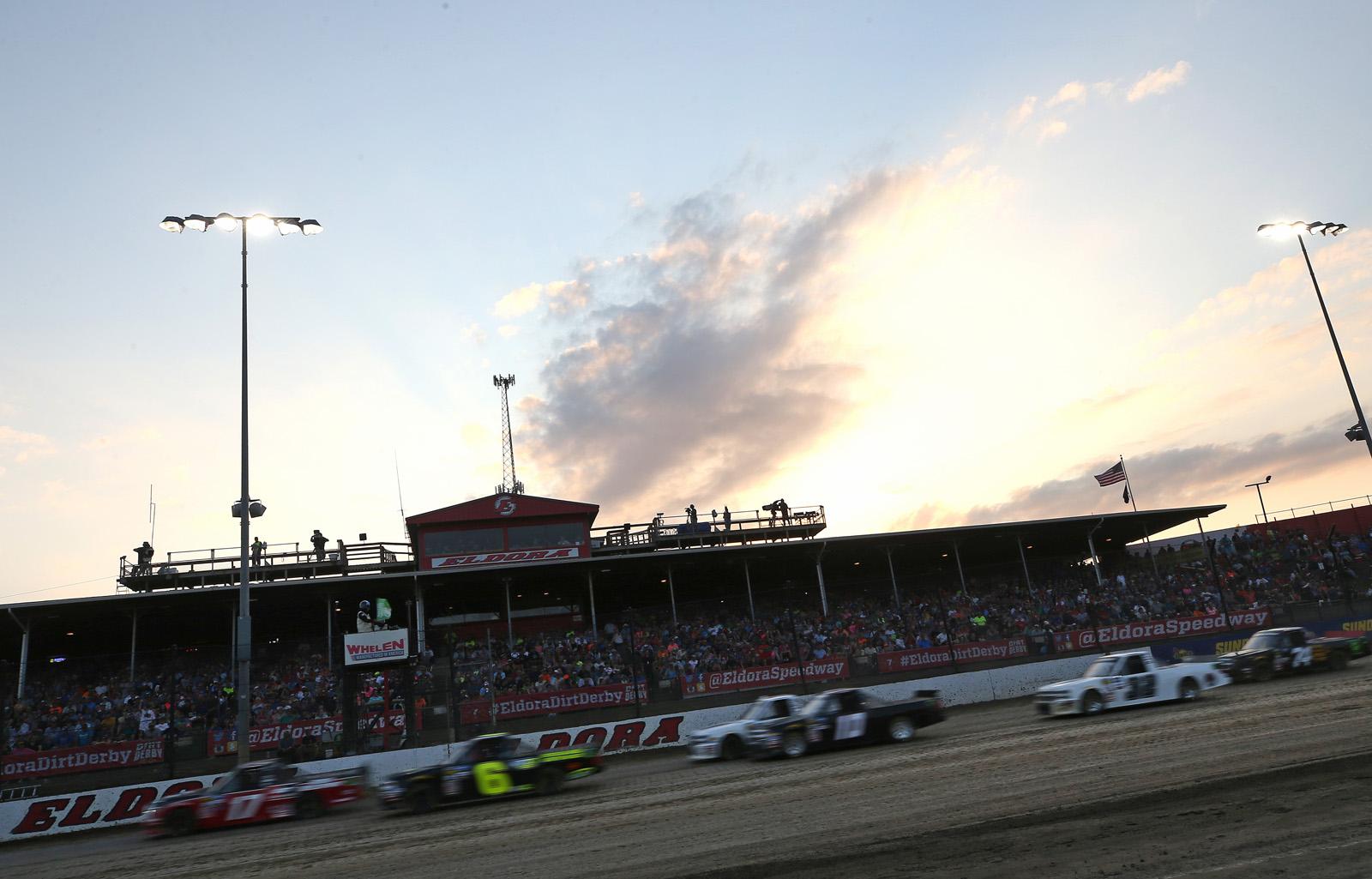 NASCAR Gander Outdoor Truck Series Eldora Dirt Derby – Qualifying