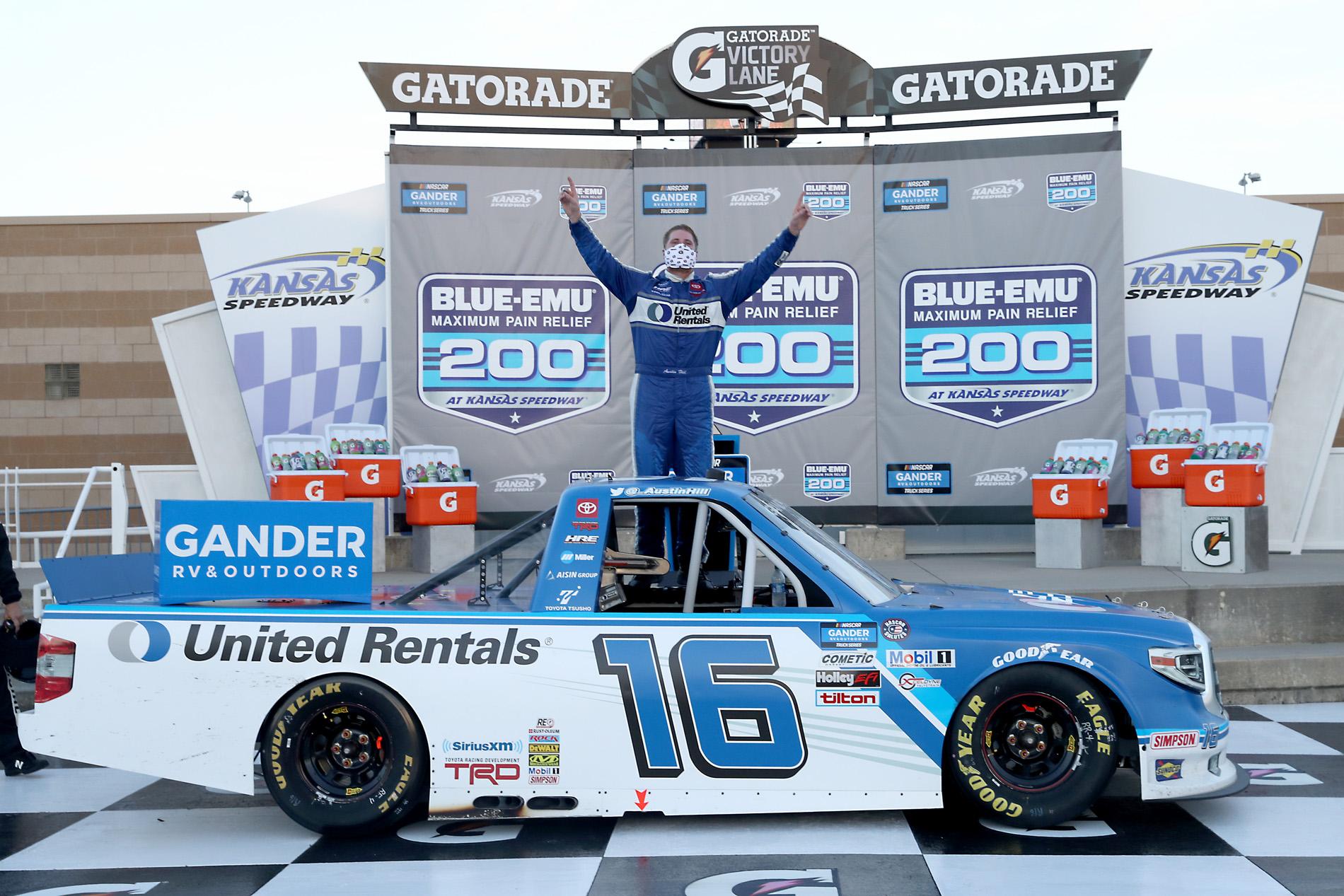 NASCAR Gander RV & Outdoors Truck Series Kansas 200